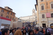 Piazza di Spagna, a lot of people...