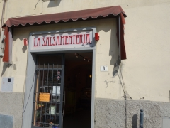 Small shop in San Piero a Sieve where we had a nice snack