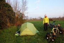 Camping behind and abandoned house close to Budrio