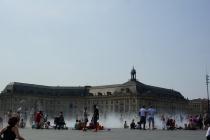 Fountain spray in Bordeaux.