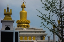 A new temple with golden buddha