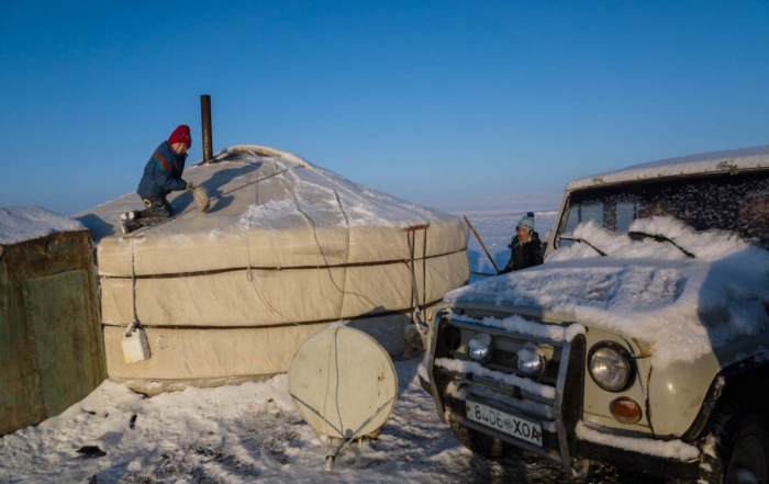 Bulgan to Altai with camels and gers